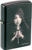 Original Zippo Gothic Prayer, betende Frau in Schwarz